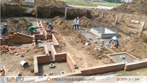 Khi thi công nhà có tầng hầm thì các đơn vị thi công phải có biện pháp thi công móng tầng hầm