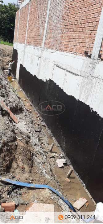 vật liệu chống thấm được sử dụng quét bên ngoài vách tầng hầm