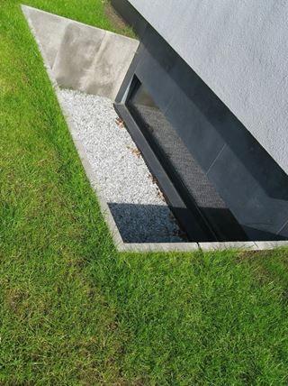 lấy sáng cho tầng hầm bằng ánh sáng tự nhiên cần phải được các kiến trúc sư thiết kế để tạo nên tính hợp lý.