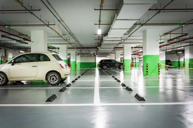 Tầng hầm và tầng bán hầm có thể được sử dụng làm nơi đậu xe.